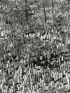 "Andreas Feininger: ""Jewish cemetery in Queens"", New York, 1941"